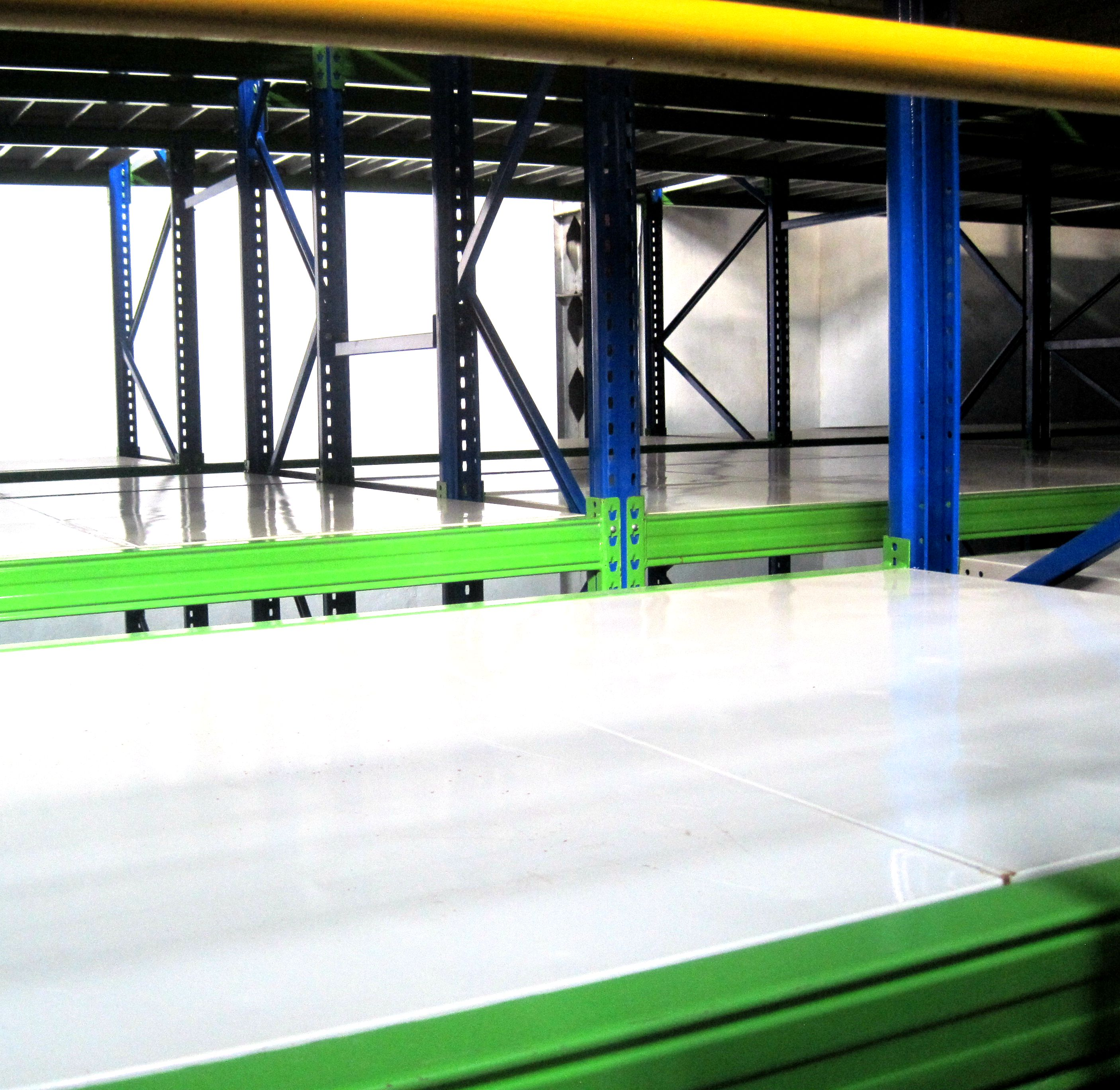 Steel structure mezzanine racking floor system for warehouse
