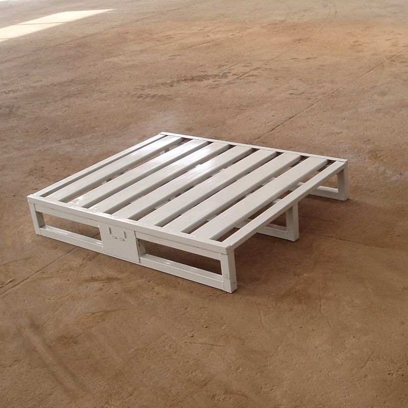 Heavy duty galvanized steel pallet