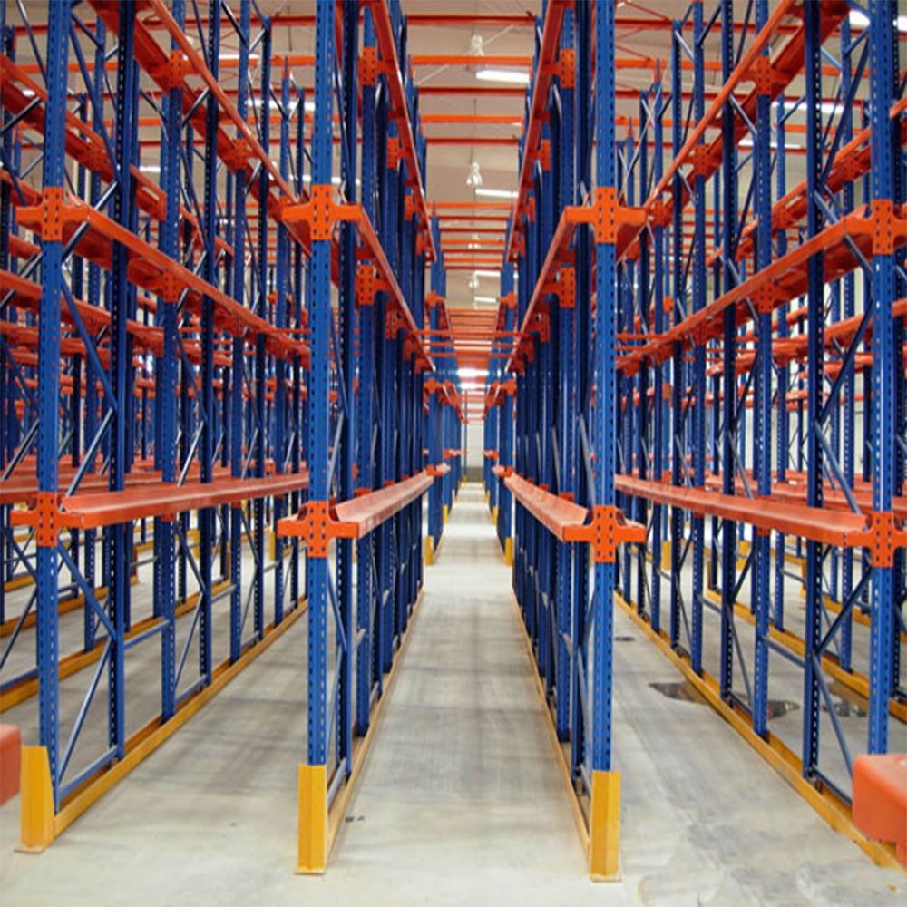 Selective Industrial Drive In Racking