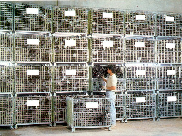 Warehouse Stackable Wire Mesh Cage For Logistic Equipment