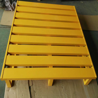 2 entry way euro steel pallet